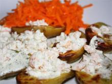 Запеченный картофель с креветочным соусом