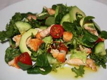 Салат из семги с авокадо
